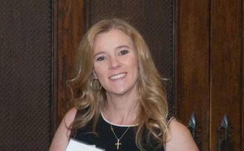 Dr. Lea Bennett